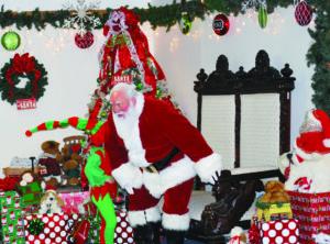 Santa returns to Victoria 1
